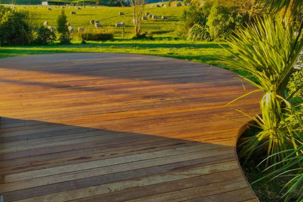 H&M Builders offer a decking service services in Canterbury